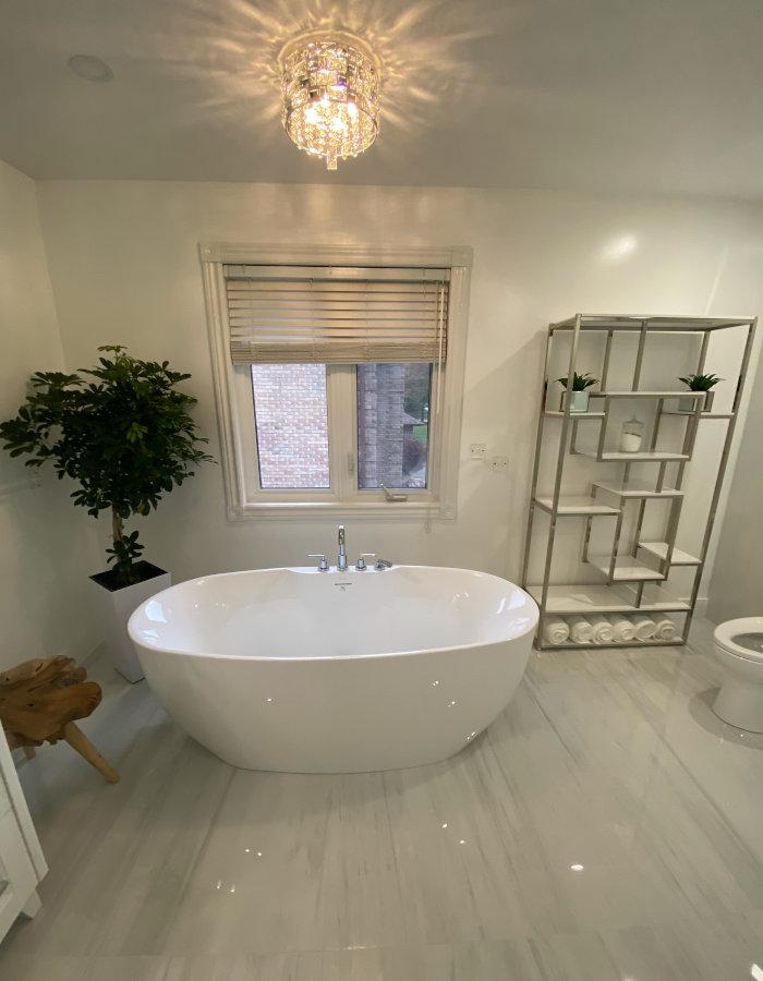 white bathroom bathtub view